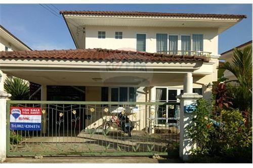 For SaleHousePhuket, Patong : Phuket Thalang Villa 3 Br for Sale