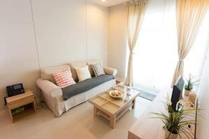 "For RentCondoRama9, RCA, Petchaburi : ""🔥 Special price !! 🔥 Circle Condominium (MRT Phetchaburi) LINE: @ Rise999"""