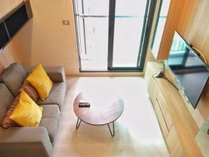 For RentCondoSukhumvit, Asoke, Thonglor : For rent Rhythm36-38 cheap price during COVID 🔥🔥