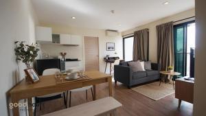 For RentCondoOnnut, Udomsuk : Condo for rent, 2 bedrooms, 2 bathrooms, 52 sqm., Corner unit B Republic, Sukhumvit 101, near BTS Punnawithi