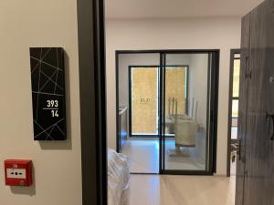 ขายคอนโดอ่อนนุช อุดมสุข : Elio del nest 1 ห้องนอน ราคาดีสุดๆ พร้อมเฟอร์นิเจอร์ 2,690,000 บาท รีบด่วน