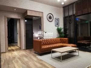 For RentCondoSukhumvit, Asoke, Thonglor : LA001_P Condo The Lofts Asoke ** Very beautiful room, fully furnished, ready to move in ** 💖 Convenient transportation, only 200 meters away from MRT Phetchaburi.