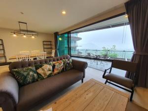 For RentCondoKorat KhaoYai Pak Chong : Spacious 2 Bedroom unit with Mountain View