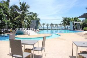 For SaleCondoPattaya, Bangsaen, Chonburi : Condo for sale on Jomtien Beach, Pattaya, 1 bedroom, size 32.80 square meters, beautiful condo, good atmosphere, private, comfortable walk to the sea, Lumpini Park Beach Jomtien, Pattaya, Lumpini Park Beach Jomtien Pattaya, great price.