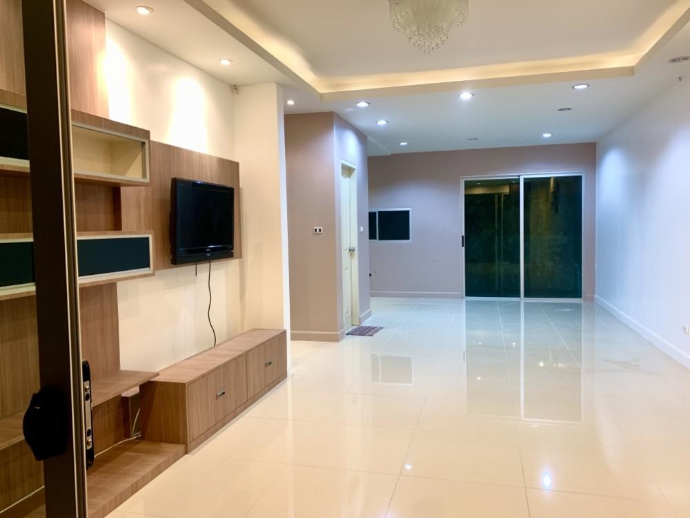 For RentTownhouseRathburana, Suksawat : House for rent, 3-storey townhome, Rama 2, Pracha Uthit.