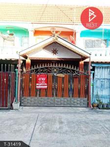 For SaleTownhouseSamrong, Samut Prakan : 2 storey townhouse for sale, Piyaphatthana village. Suksawat - Phra Samut Chedi, Samut Prakan