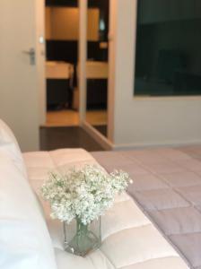 For RentCondoWitthayu,Ploenchit  ,Langsuan : Condo for rent The Address Chidlom  Type 1 bedroom 1 bathroom Size 72 Sqm. Floor 7