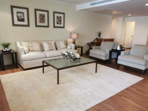 For RentCondoSukhumvit, Asoke, Thonglor : Las Colinas for rent 185 sqm 2 beds 3 baths 68,000 Baht per month