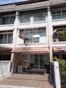 For SaleTownhouseLadprao101, The Mall Bang Kapi : Townhouse for sale, Baan Klang Muang, Ladprao 101 164 sq m, 20.4 sq m.