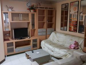 For RentCondoRatchadapisek, Huaikwang, Suttisan : 2Bedrooms for rent