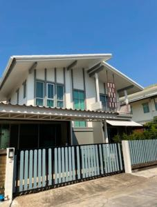 For RentHouseBangna, Lasalle, Bearing : House for rent Bangna Km. Ready to move in Near Mega Bangna department store, Central Bangna, Paradise, Seacon Square, rental price 27,000 baht / month