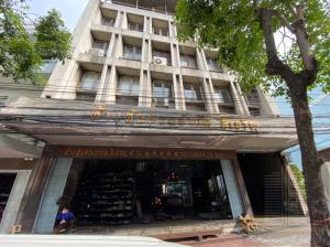 เช่าตึกแถว อาคารพาณิชย์สยาม จุฬา สามย่าน : ให้เช่าอาคารพาณิชย์ขนาดใหญ่ 5 ชั้น 149 ตร.ว. พื้นที่ใช้สอย 1,000 ตร.ม.ใกล้ สถานีหัวลำโพง 250 เมตร