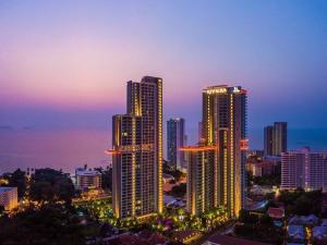 For SaleCondoPattaya, Bangsaen, Chonburi : Condo Riviera Wongamat 2 bedroom for sale, beautiful room, cheap price !!