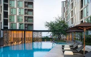 For RentCondoPhuket, Patong : by Owner Phuket Condo Rental / Sale: THE BASE UPTOWN (The Base Uptown) Near the city, near the sea / Full Furnished