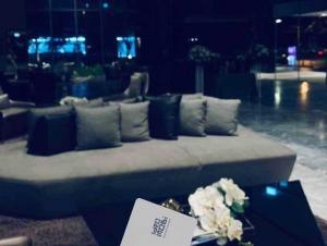 เช่าคอนโดบางนา แบริ่ง : Ideo Mobi Sukhumvit Eastgate 24 Sqm. 1 Bed 1 Bath for rent 10,000 bath For sale only 3.59 MB.