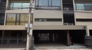 For RentShophousePattanakan, Srinakarin : office building for rent, Noble Cube Pattanakarn project, AOL-F81-2105003912