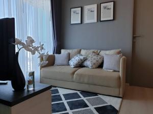 For RentCondoRatchadapisek, Huaikwang, Suttisan : Condo for rent Life Ratchadapisek Type 2 bedroom 1 bathroom Size 46.7 sq.m. Floor 14