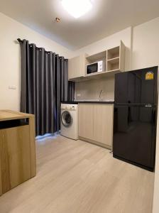 For RentCondoRattanathibet, Sanambinna : Very nice room for rent Furnishings and appliances, gorgeous complete with The digitallock door was very cheap, only 6500 / month.