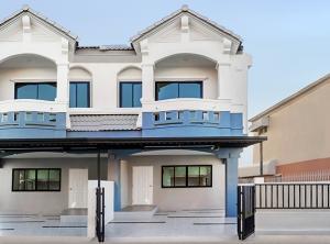 ขายทาวน์เฮ้าส์/ทาวน์โฮมบางใหญ่ บางบัวทอง ไทรน้อย : ขาย บ้านมือสองตกแต่งใหม่ ม.นันทนาการ์เด้นท์1 ราชพฤกษ์-ท่าอิฐ แบรนด์ Property Perfect หลังใหญ่ เนื้อที่ 31.3 ตร.ว. 2 ห้องนอน 2 ห้องน้ำ เข้า-ออกได้ ทั้งถ.ราชพฤกษ์ และถ.รัตนาธิเบศร์