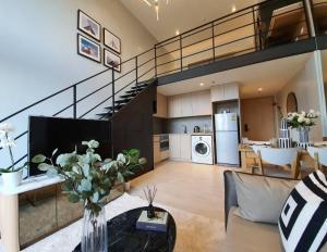 เช่าคอนโดสีลม ศาลาแดง บางรัก : For Rent The Lofts Silom แต่งครบพร้อมเครื่องไฟฟ้า ใกล้ BTS สุรศักดิ์ @JST Property.