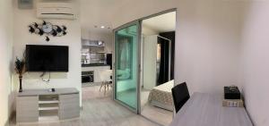 For RentCondoChengwatana, Muangthong : 📍LINE ID: @twproperty 🌟 For rent, Aspire Ngamwongwan 🌟 full furniture. The cheapest price !!!!
