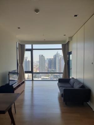 For RentCondoRama9, RCA, Petchaburi : Luxury  big 1 bedroom condo - 33k/month Circle Living Prototype. MRT Petchburi