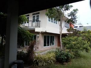 For SaleHouseSathorn, Narathiwat : House for sale, size 160 sq m, very good location, in the area of Soi Nonsi Chong Nonsi, easy access to Silom Road, Sathorn Rama 3 Road, Charoen Rat, near Central Rama 3, Sathupradit Expressway, Bhumibol Bridge.