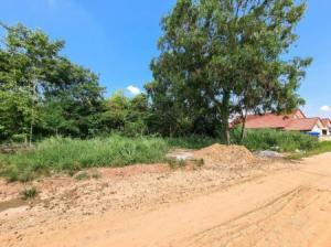 For SaleLandKhon Kaen : Land for sale near Khon Kaen Airport, 2 adjacent plots, 2 jobs, good location, suitable for building a house