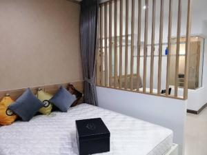 For RentCondoRama9, RCA, Petchaburi : 🎯 Supalai for rent Premier @ Asoke Near MRT Phetchaburi 🚇 and Airport link Makkasan 🚉 Convenient transportation near Asoke Intersection 🚘 Beautiful room ready to move in, only 17,000 ฿ / month 💕