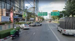 For SaleLandRatchadapisek, Huaikwang, Suttisan : Land for sale on Inthamara Road, 210,000 baht per square wah, near MRT Huai Khwang.