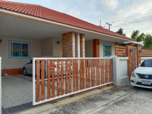 For SaleHouseSuphan Buri : Single storey house, new condition