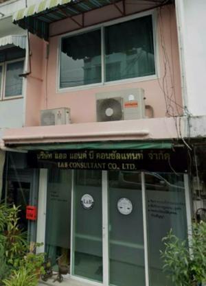 For RentTownhouseRatchadapisek, Huaikwang, Suttisan : Townhouse for rent, semi-commercial building.