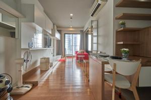 เช่าคอนโดอ่อนนุช อุดมสุข : Bloce 77 Rent!! 12,000 บาทเท่านั้น ขนาด 40 ตรม ชั้นสูง 1ห้องนอน 1 ห้องน้ำ พร้อมพาดูห้องค่ะ นัดเลย