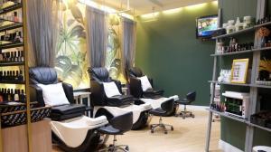 For SaleRetailSukhumvit, Asoke, Thonglor : Luxury nail salon business for sale in Thonglor area, inside Eight Thonglor building, 1st floor, excellent location