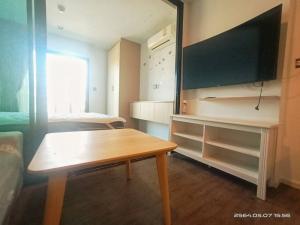 For RentCondoSamrong, Samut Prakan : TA040564: Condo for rent, Tropicana Erawan, only 6,500 baht.