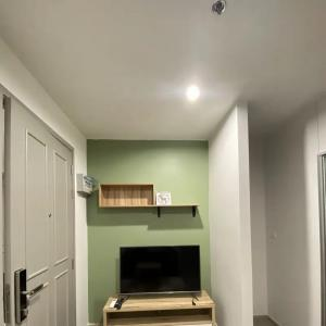 For RentCondoPinklao, Charansanitwong : SN476 ** Special discount ** for rent, Parkland Petchkasem 56, new room, 1 hand, closed kitchen, fully furnished. You will be the owner if you call now.
