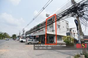 For SaleShophouseNawamin, Ramindra : Commercial building for sale, front room with lease agreement 7-11, next to Phraya Suren road, 38 in front of the village and large community