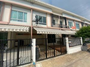 For SaleTownhouseRattanathibet, Sanambinna : For sale: Townhouse Pleno, Rattanathibet-Chaiyapruek, good condition, close to BTS