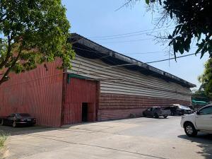 For RentWarehouseRama3 (Riverside),Satupadit : Warehouse / warehouse for rent, area 1 rai, usable area 600 sq m, can load 3 tons / sq m, Rama III-Charoen Rat Road, rental price 300,000 baht / month