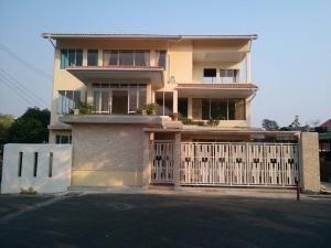 ขายบ้านพระราม 3 สาธุประดิษฐ์ : บ้านเดี่ยว 3 ชั้น ย่านพระราม 3 สร้างเอง  47.4 ตร.ว พื้นที่ใช้สอย 250 ตร.ม AN143