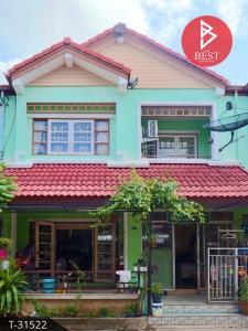 For SaleTownhouseSamrong, Samut Prakan : Townhouse for sale Kanlapapruek Village, Bang Bo, Samut Prakan, good condition, ready