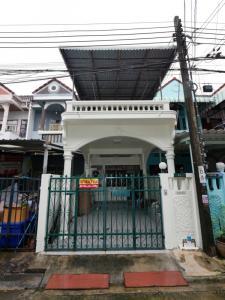 ขายทาวน์เฮ้าส์/ทาวน์โฮมบางแค เพชรเกษม : ขายบ้านทาวน์เฮ้าส์ 2 ชั้น ในซอยเพชรเกษม 19 ใกล้ MRT บางไผ่ BTS บางหว้า