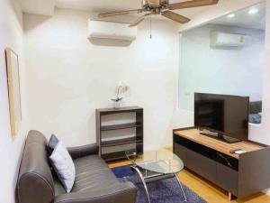 เช่าคอนโดนานา : คอนโดให้เช่า 15 Sukhumvit Residences  ประเภท 1 ห้องนอน 1 ห้องน้ำ ขนาด 45 ตร.ม. ชั้น 10