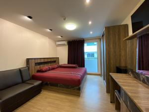 For RentCondoRangsit, Patumtani : For rent, Plum Condo Phahon, 89 in front of Muang Ake Phase 3, Building C, 1st floor, room 22 sq. M.