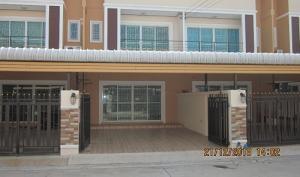 For RentTownhouseLadkrabang, Suwannaphum Airport : Rent a 2-storey townhouse, 2 bedrooms, 2 bathrooms, 25 sq m. Lat Krabang, near Suvarnabhumi Airport, only 12000 baht.