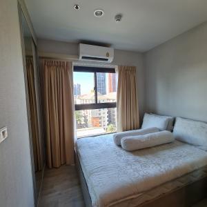 For RentCondoRama9, RCA, Petchaburi : Condo for rent, The Privacy Rama 9, Room size 23.40 sq.m., corner room, 7th floor, balcony facing north.