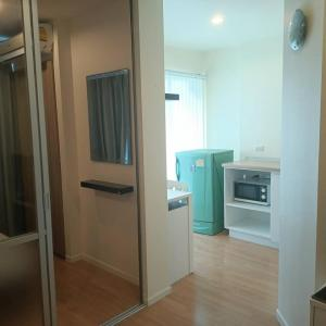 For RentCondoOnnut, Udomsuk : Condo Lumpini Ville Onnut 46 fully furnished with appliances. near Seacon Srinakarin ready to move in!!! Call 061 979 2391