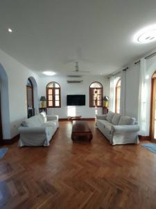 For RentHouseOnnut, Udomsuk : 3 storey detached house for rent in Sukhumvit area With private swimming pool Sukhumvit 101/1, near BTS Punnawithi, beautifully decorated, ready to move in. Suitable for living