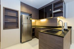 For SaleCondoSukhumvit, Asoke, Thonglor : Selling loss, Keyne by Sansiri, 2 bedrooms, 75 sqm., Beautiful view, open, fully furnished, next to BTS Thonglor station.