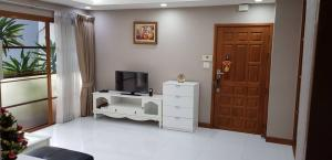For RentCondoSukhumvit, Asoke, Thonglor : RT0217 🚩🐶Pet-friendly🐱🚩 Condo for Rent The Waterford Condominium Thonglor 11 2 Bed 2 Bath Near BTS Thonglor (Free Maid 2 Times/Week & 6 Months Clean Air Con.)